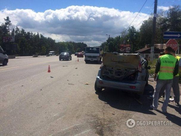 Моторошна ДТП під Києвом: на Одеській трасі зіткнулися іномарки, є загиблі