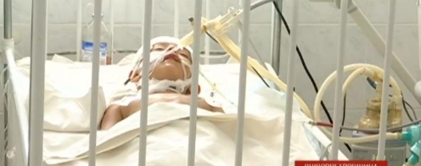 Дніпропетровські лікарі врятувати хлопчика, якому лезо з косарки проштрикнуло голову