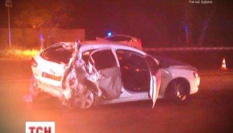 Ночью в Харькове нетрезвые полицейские устроили гонки и разгромили машину