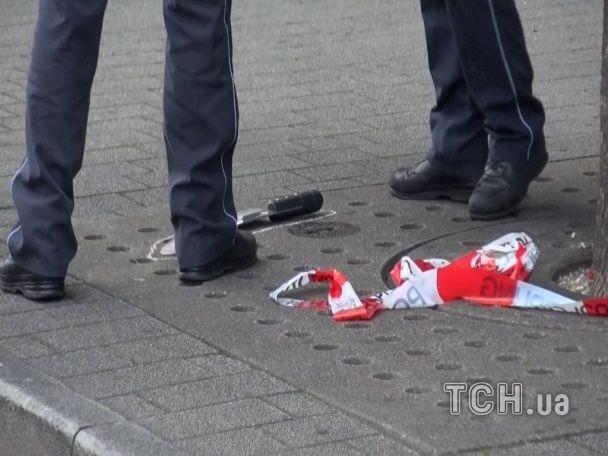 Подробиці, фото і відео нового нападу у Німеччині: сирієць зарубав мачете вагітну жінку