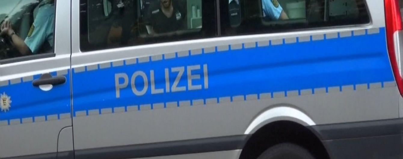 У німецькій поліції пояснили причину атаки сирійця з мачете на вагітну жінку