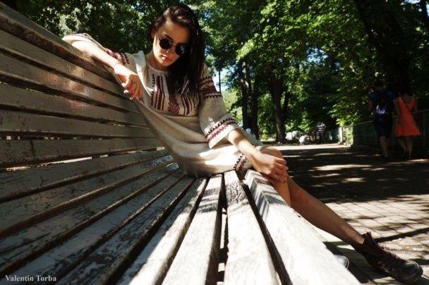Схудла Анастасія Приходько вразила патріотичною фотосесією у вишиванці