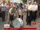 """У столиці люди вимагали у збанкрутілого """"Михайлівського""""  повернути гроші"""