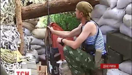 Вночі в Мар'їнці бойовики наступали з трьох боків під прикриттям кулеметного та автоматного вогню