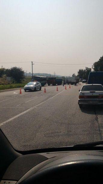 Масштабна ДТП на Львівщині: на дорозі не розминулися маршрутка, вантажівка, КамАЗ та легковик
