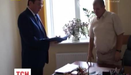 Юрий Луценко взял под контроль дела Виктора Швеца и Александра Онищенко