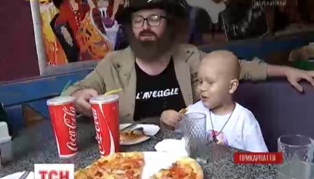 """Проект """"Здійсни мрію"""" здійснив бажання 5-річного Михайлика, який хворіє на лейкемію"""