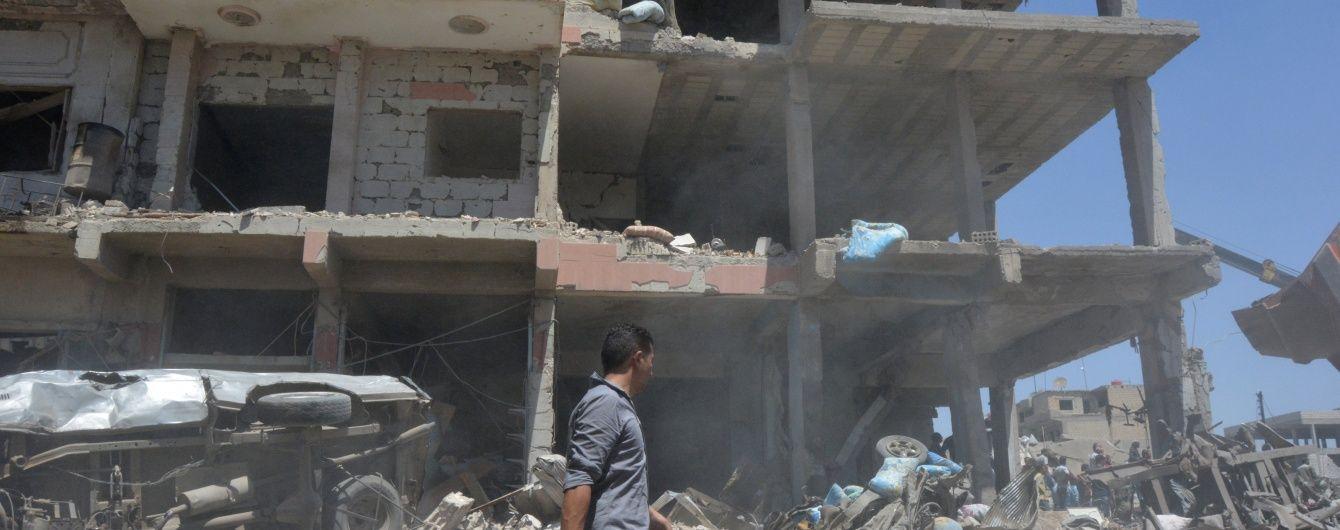 Теракт проти курдів: у Сирії вибух вантажівки забрав 44 життя