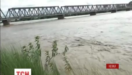 В Непале масштабное наводнение унесло более 60 жизней