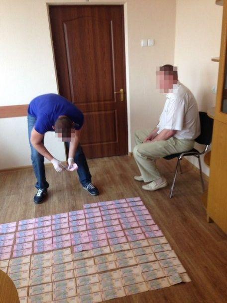 СБУ затримала керівника електромереж одного з районів Харківщини