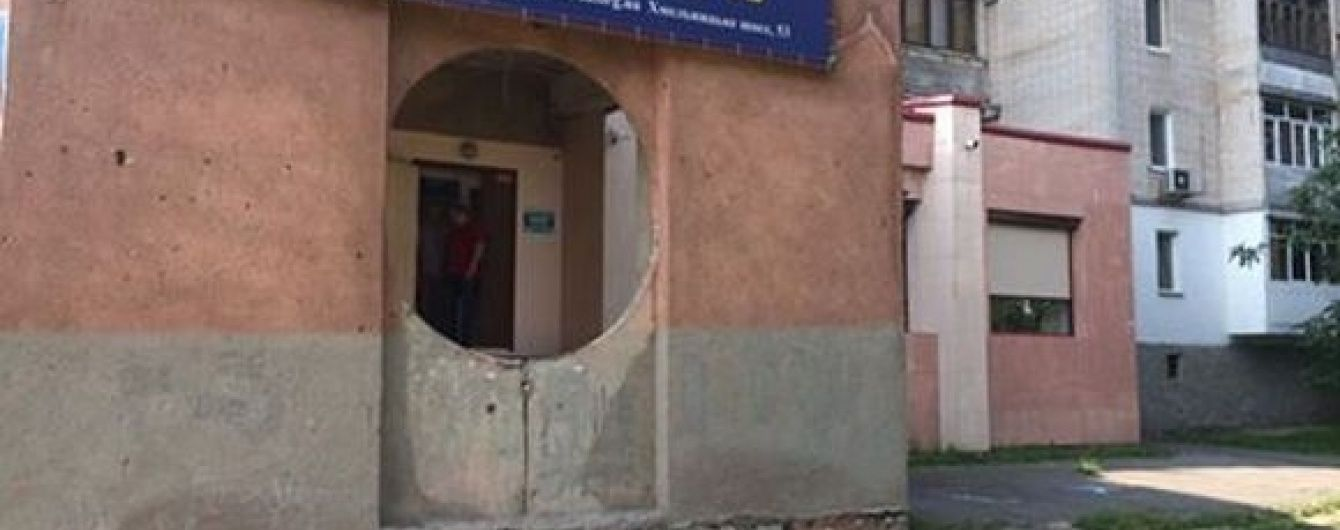 """У Вінниці обстріляли офіс націоналістичної """"Свободи"""""""