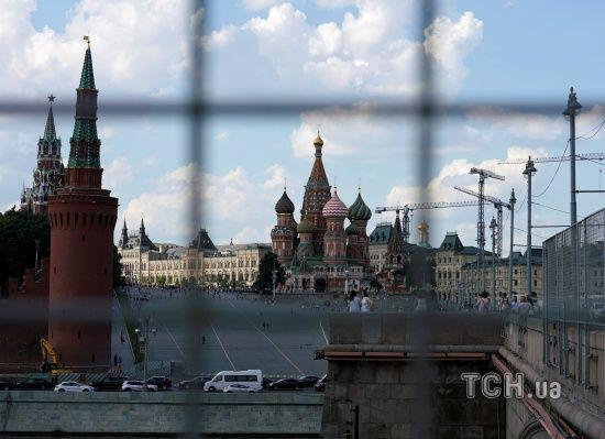 """""""Це не гра в хованки"""". У Кремлі прокоментували початок блокування Telegram в Росії"""