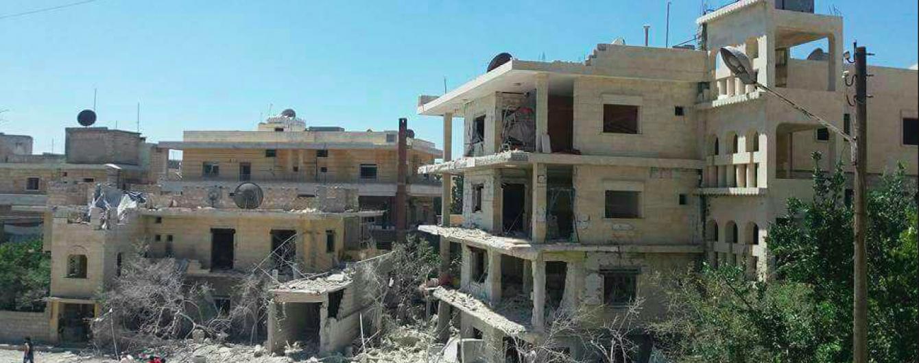 Близько 100 осіб загинули за добу внаслідок бомбардування у Сирії