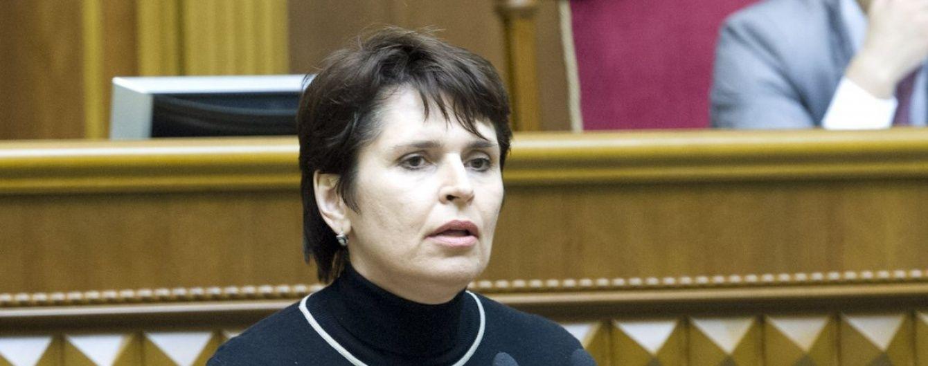 У лютому 2014 року у сховищах України було 108 тисяч гривень