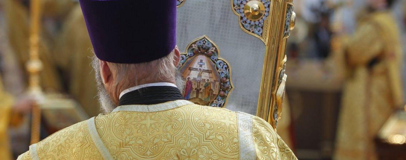 Скандальный священник из Запорожья заявил, что крещенные в УПЦ КП дети гибнут