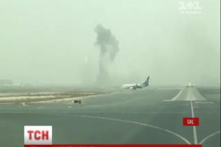 Під час гасіння пожежі на літаку у Дубаї загинув пожежник