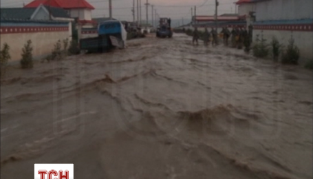 В Китае продолжаются дожди и наводнения, затоплена часть провинции Ганьсу