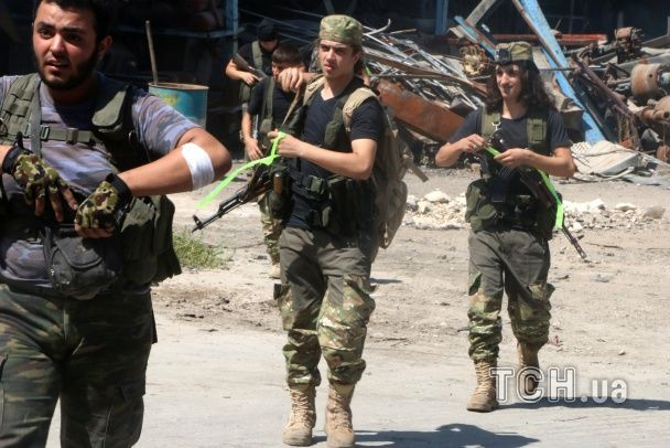 Сили Асада витісняють опозиціонерів з Алеппо за допомогою російської авіації