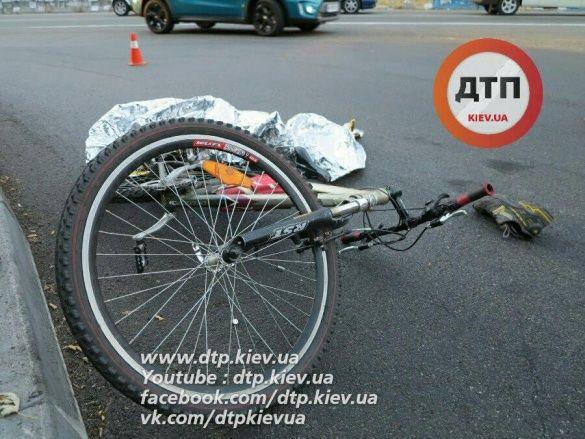велосипедист вантажівка дтп_1