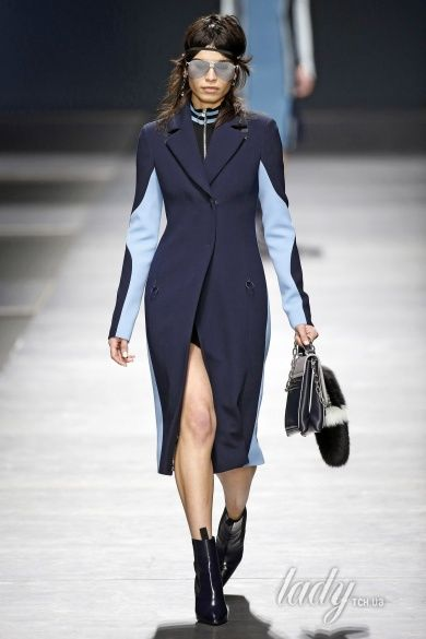 Коллекция Versace прет-а-порте сезона осень-зима 2016-2017_12