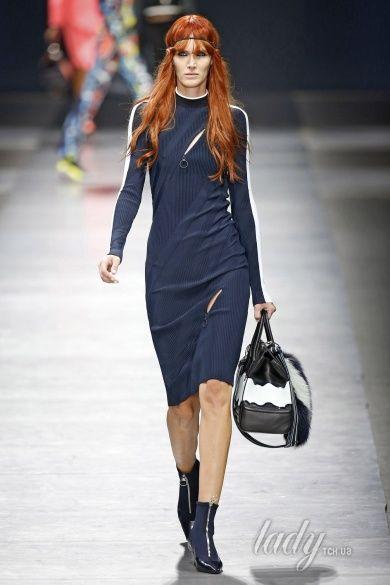 Коллекция Versace прет-а-порте сезона осень-зима 2016-2017_33