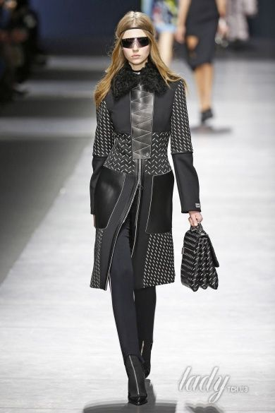 Коллекция Versace прет-а-порте сезона осень-зима 2016-2017_36