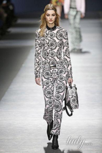 Коллекция Versace прет-а-порте сезона осень-зима 2016-2017_38