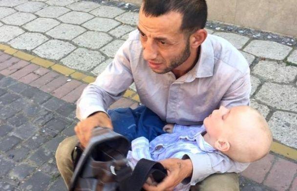 У Мукачевому викрили шахрая, який використовував чужу хвору дитину заради заробітку