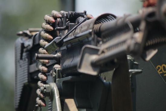 """Бойовики """"прокинулися"""" із темрявою: 18 обстрілів загалом і важкі кулемети біля Авдіївки"""