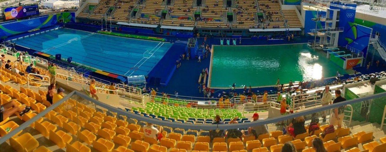 Спортсмени спантеличені. Вода в олімпійському басейні в Ріо за добу кардинально змінила колір