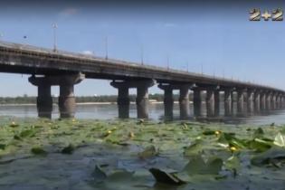 Міст Патона краще об'їжджати все літо