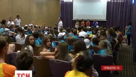 В Буковеле дети создавали собственные фильмы: завершился международный фестиваль детского кино