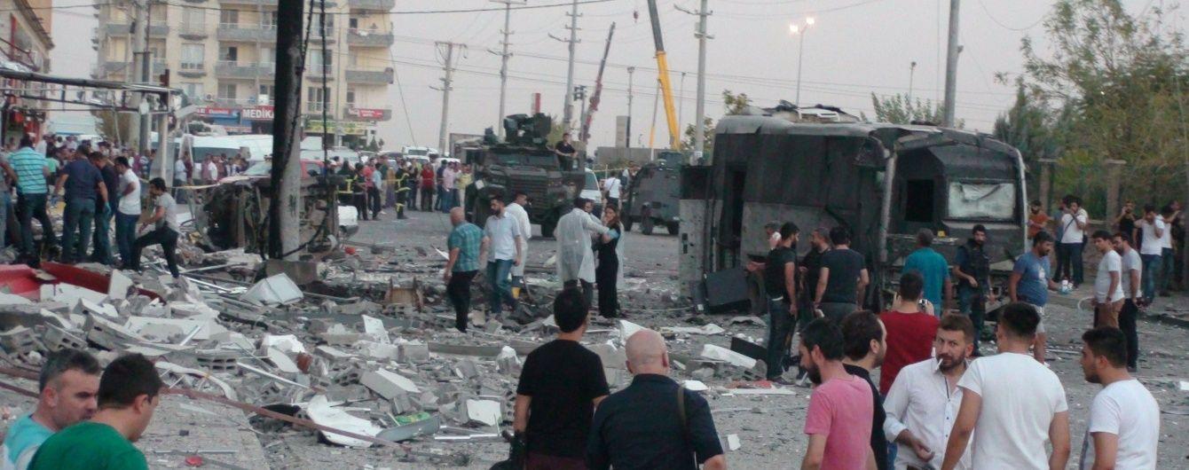 На південному сході Туреччини прогриміли два вибух, щонайменше семеро загиблих