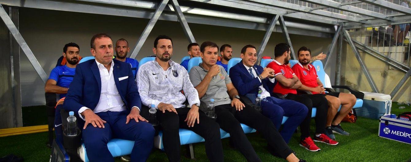 """Тренер """"Істанбула"""" знає, як обіграти """"Шахтар"""" у Лізі Європи"""