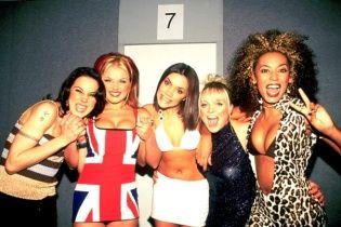 """Екс-""""перчинка"""" Мел Сі хоче подати до суду на колишніх колег зі Spice Girls"""