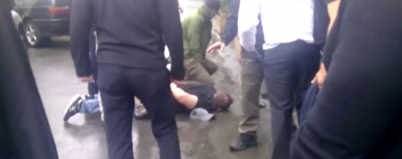 У Генпрокуратурі звинуватили спецназ НАБУ у побитті їхніх співробітників