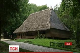"""У Львові вибухнув скандал довкола музею """"Шевченківський гай"""""""
