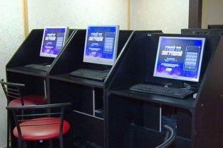 У Вінниці поліція викрила сім підпільних казино, які працювали під вивісками державних лотерей