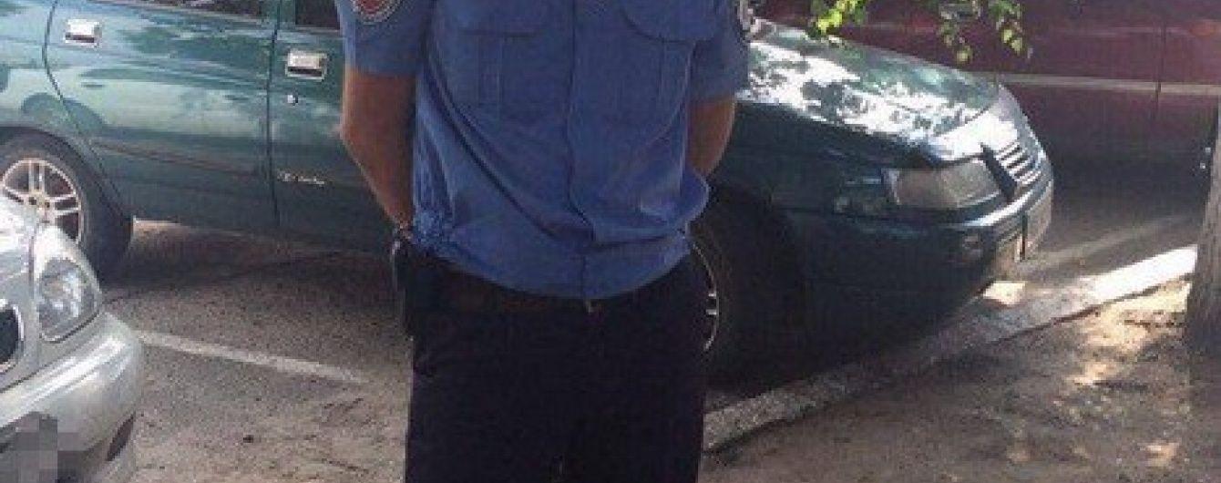 На Харківщині СБУ затримала слідчого Нацполіції на хабарництві
