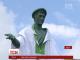 На найпопулярніший одеський пам'ятник одягнули вишиванку