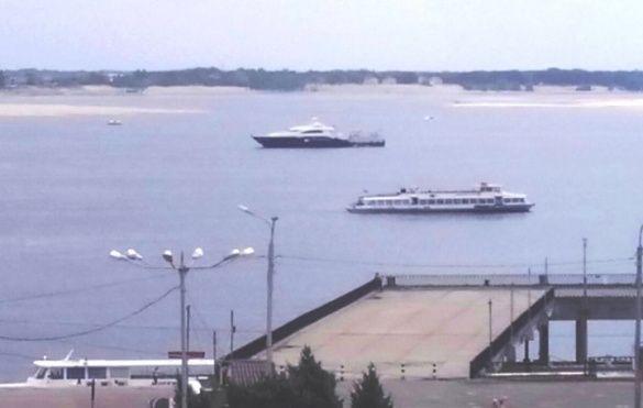 Яхта Януковича