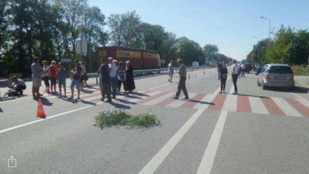 На Житомирщині священик збив дитину на переході