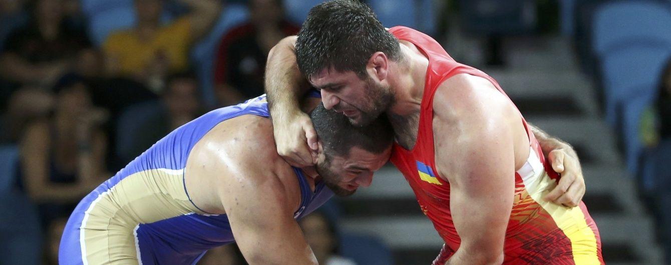 Українські борці завоювали в Болгарії чотири нагороди міжнародного турніру
