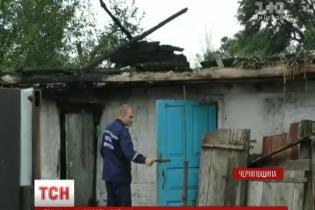 На Чернігівщині 4-річний хлопчик загинув у власноруч спричиненій пожежі