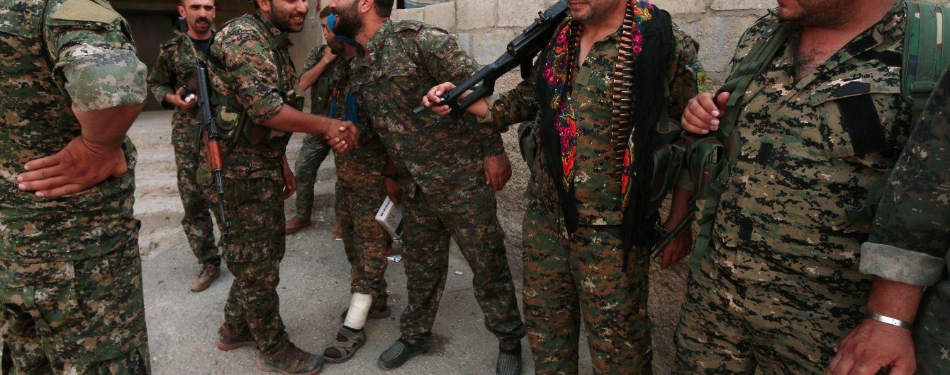 Курди вибили армію Асада із центру прикордонної провінції