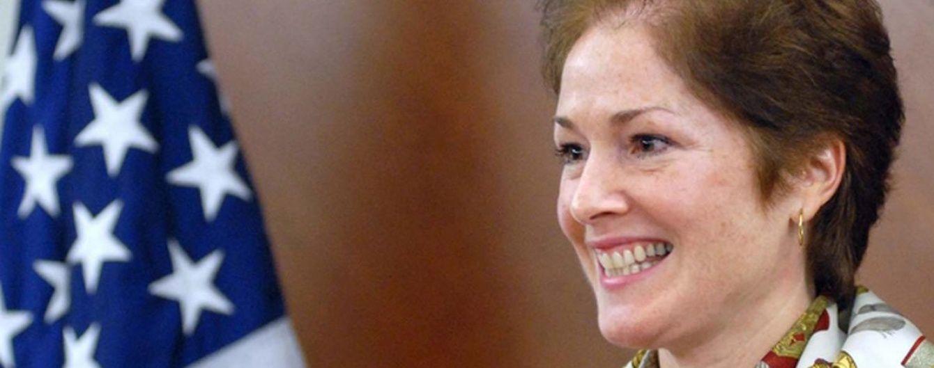 """Новий посол США записала відеозвернення українською: """"Мені дуже приємно повернутися в Україну"""""""