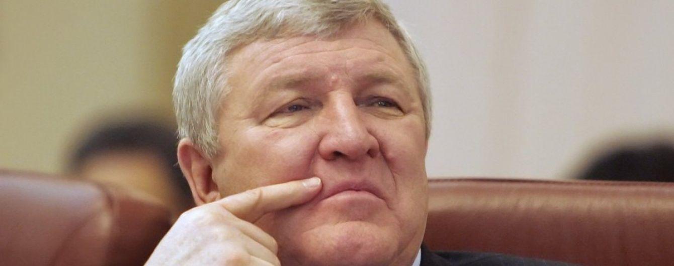 Прокуратура завершила досудове розслідування стосовно екс-міністра оборони Єжеля