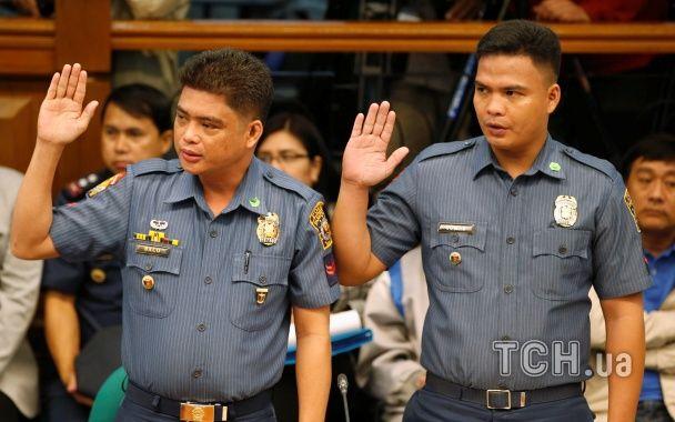 """На Филиппинах полиция убила около двух тысяч людей в """"войне"""" с наркотиками"""