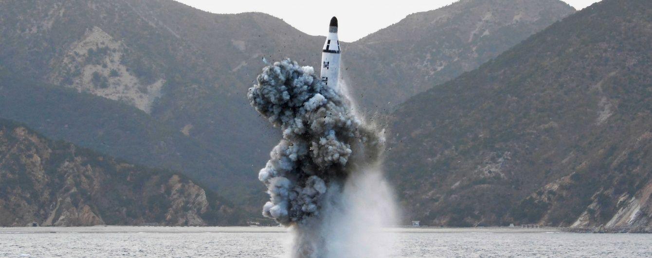 Північна Корея вирішила полякати військових Південної Кореї та США запуском ракети