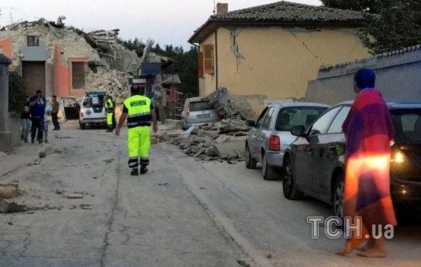 В Італії влада заявила про загиблих в результаті сильного землетрусу